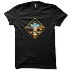 UFO Crossing t-shirt black...
