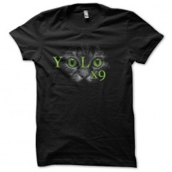 teeshirt yolo black cat...