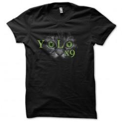 tee shirt yolo chat...