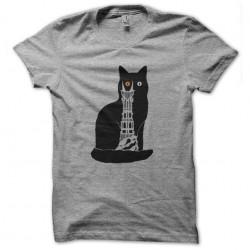 t-shirt cat of sauron...
