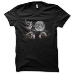 tee shirt cat of the moon...