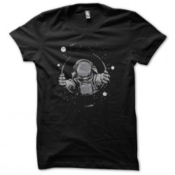 astronaut shirt galaxies...