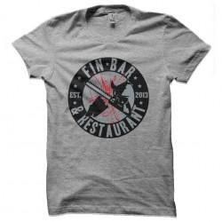 tee shirt sharknado...