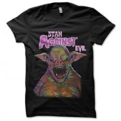 tee shirt stan against evil...