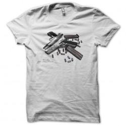 T-shirt guns fingering...