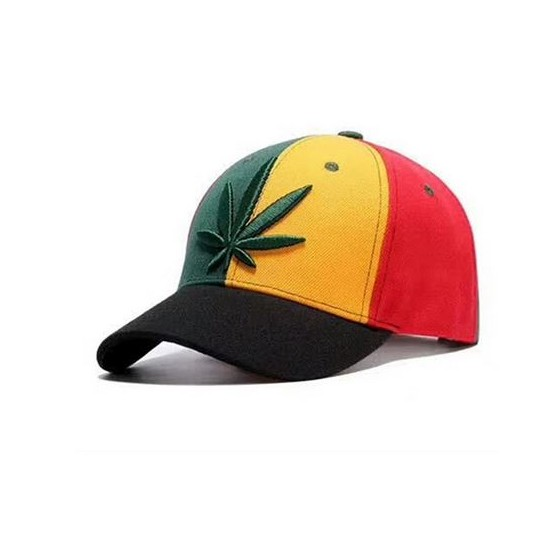 casquette rasta marijuana brodée