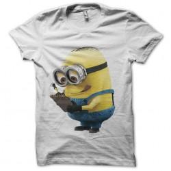 Tee shirt minion prend des...