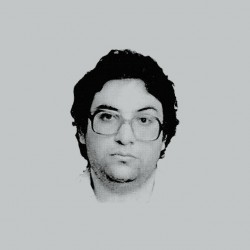 Kevin Mitnick portrait t-shirt in gray sublimation