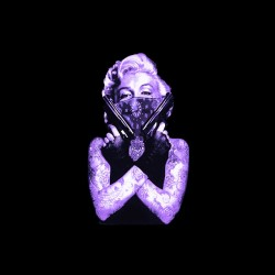 t-shirt marilyn monroe purple the fatal weapon in black sublimation