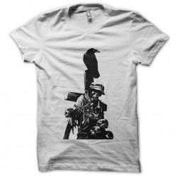 tee shirt crow and skulls...