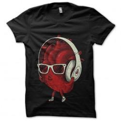tee shirt heartbeat...